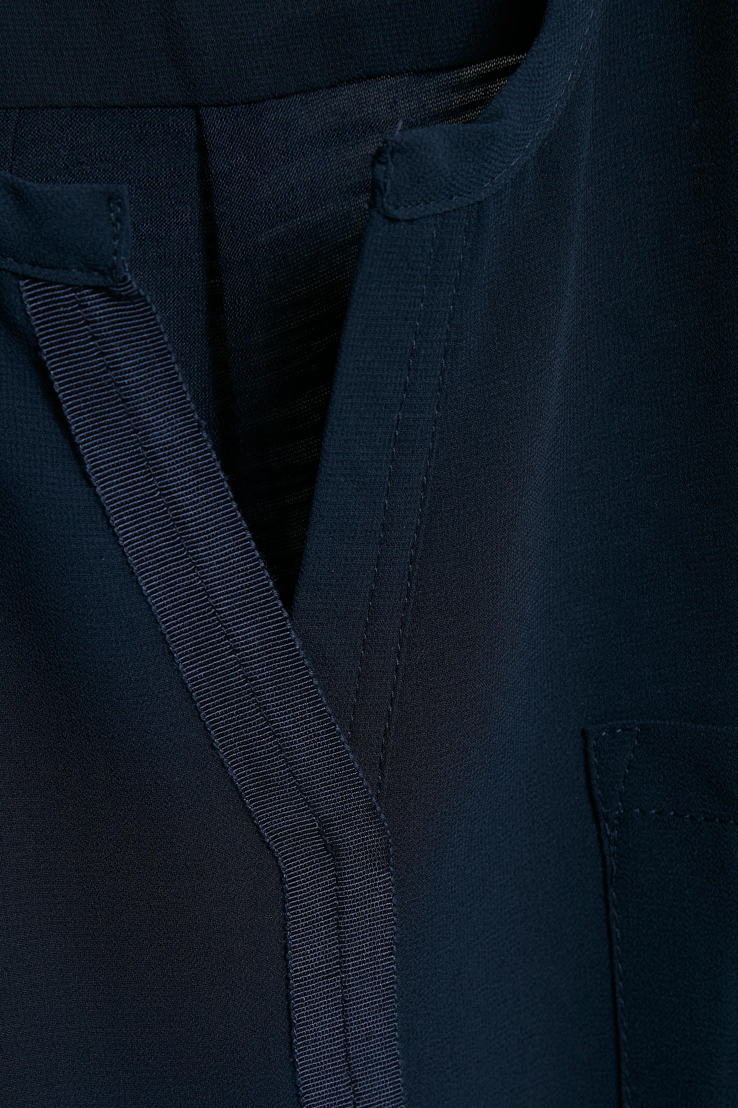 Black Iris Top – Køb Black Iris Top fra str. XS-XXL her