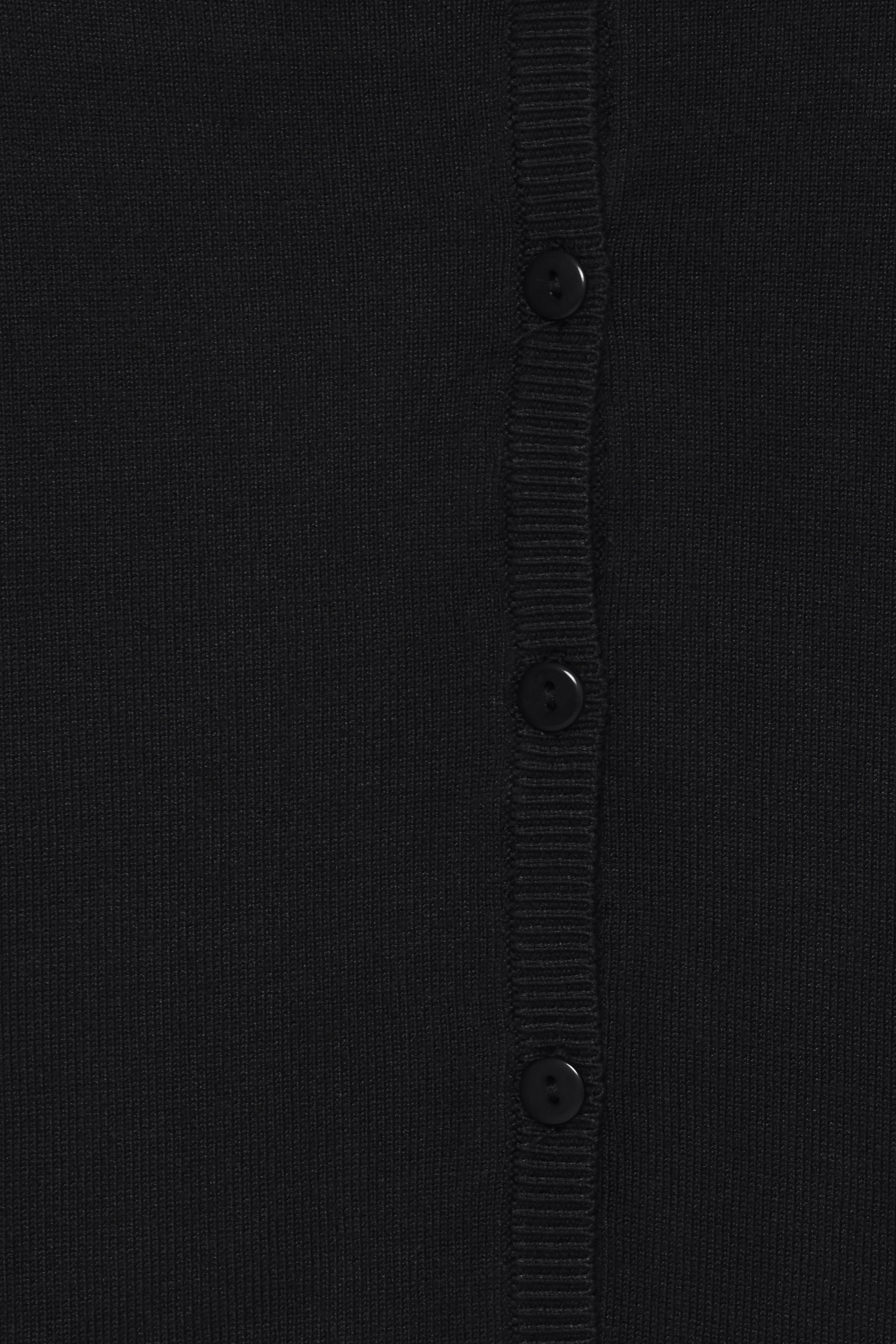 Black Strikcardigan – Køb Black Strikcardigan fra str. XS-XXL her